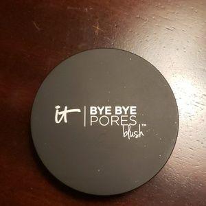 It Cosmetics bye bye Pores Blush naturally pretty